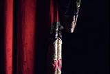 周庄红装绣衣