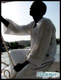 在阿斯旺乘坐帆船时的船夫01