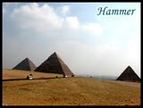 有句著名的阿拉伯谚语说,人怕时间,时间怕金字塔……在耶稣基督降生时,这几座庞然大物就已经是古董了